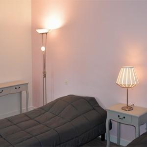 Villa de la Plage : chambre avec 2 lits simples à l'étage