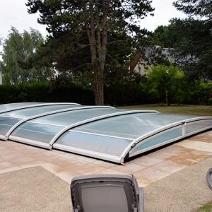 La piscine couverte de la Villa de la Plage